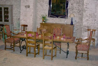 Ensemble table & chaises